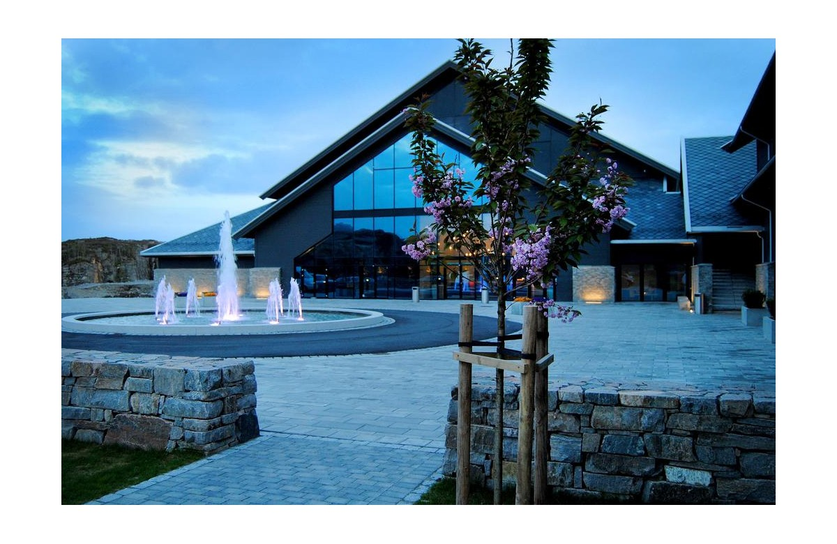 PANORAMA HOTEL AND RESORT I 7 NIGHTS + 6 DAYS OF DIVING I NORWAY