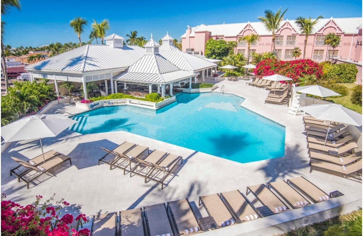COMFORT SUITES PARADISE ISLAND RESORT I 7 NIGHTS + 5 DIVING DAYS I NASSAU I BAHAMAS