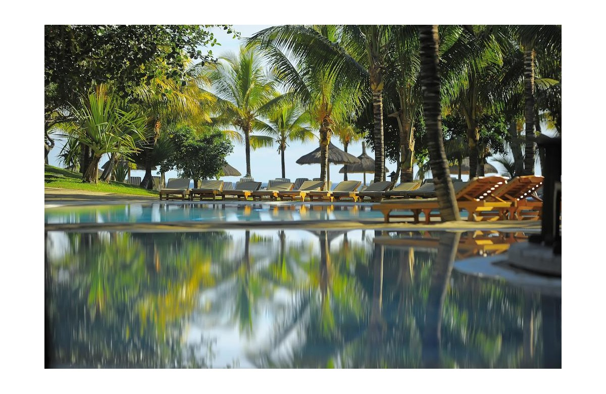 CANNONIER BEACHCOMBER GOLF RESORT AND SPA I 10 NIGHTS + 9 DAYS OF DIVING I MAURITIUS