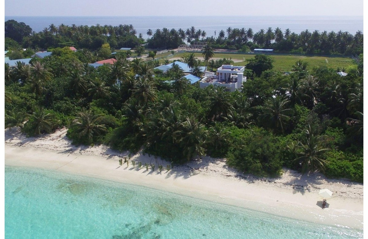 4* BOUTIQUE BEACH ALL - INCLUSIVE DIVING RESORT I 7 NIGHTS + 6 DIVING DAYS I DHIGURAH I MALDIVES